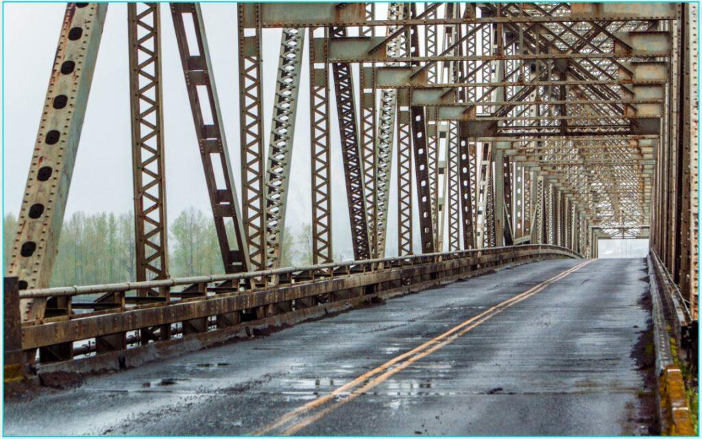 puente con estructura de acero