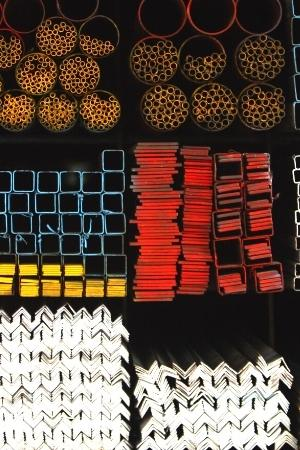 tipos de materiales de acero