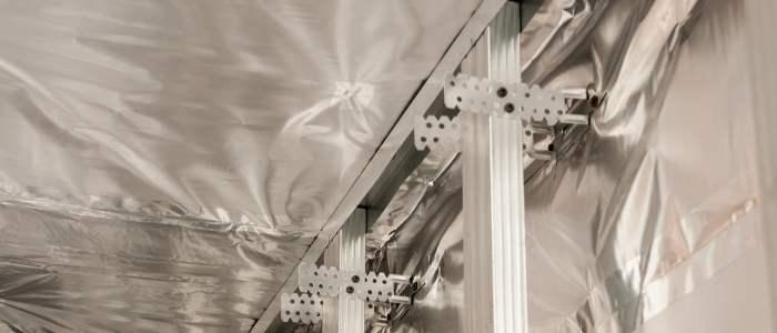barrera de vapor en steel frame